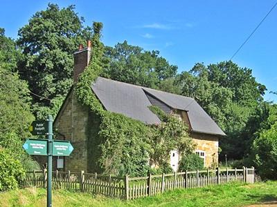 Reeded Cottage on the Jubilee way near Belvoir Castle