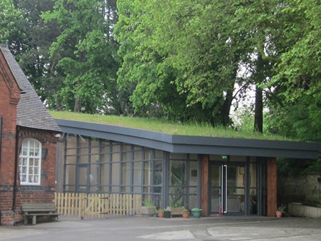 Blackfordby school's living roof