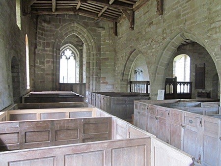 Stretton en le Field church interior
