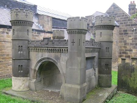 Otley memorial to those killed building Bramhope tunnel