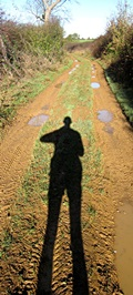 1505-track-shadow