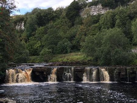 17s-waterfall