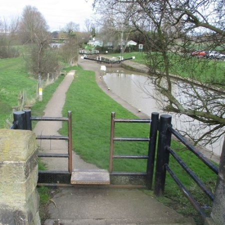 Start of the towpath walk Kegworth Bridge